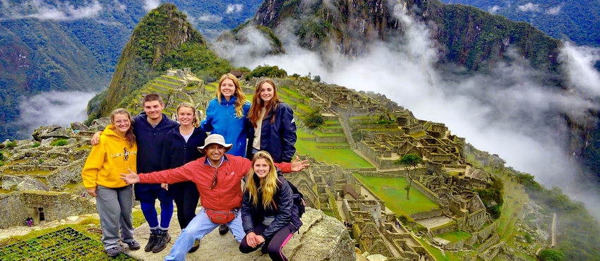 3654816f420 We offer this unique one day Inca Trail trek & Machu Picchu combined in a  group or private service. You'll visit Inca Archeological sites and  villages along ...